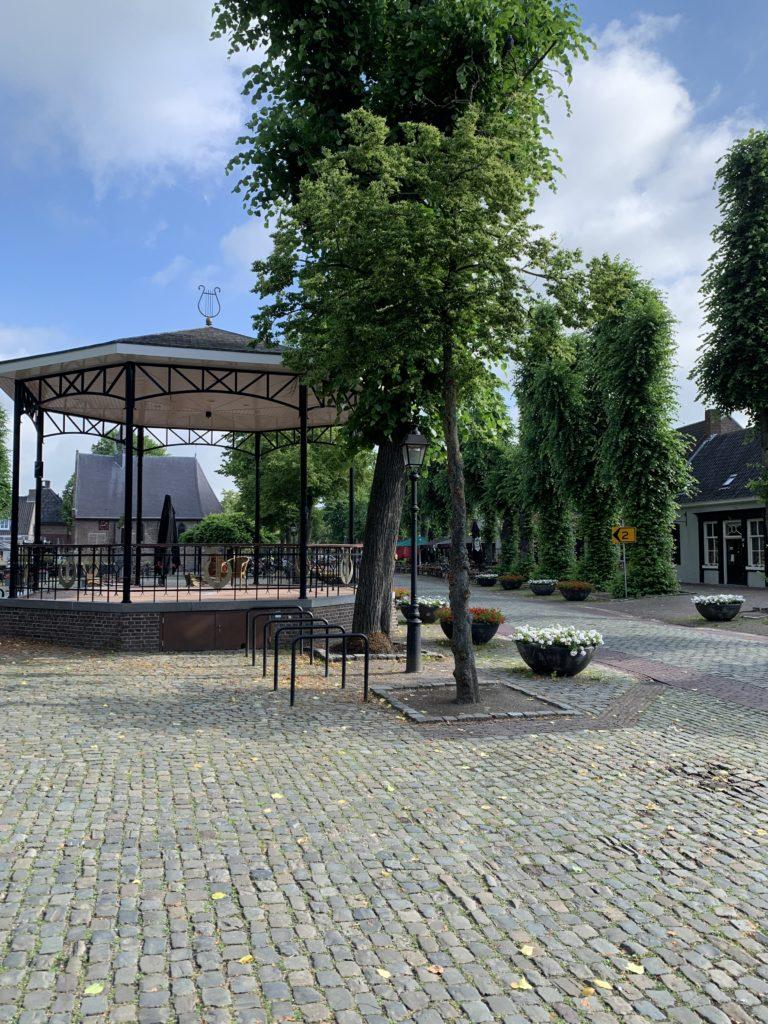 gezellig dorpsplein in Eersel